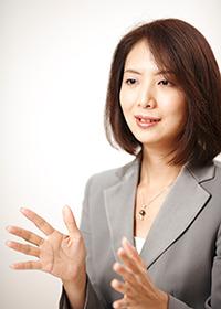 藤沢 久美 氏